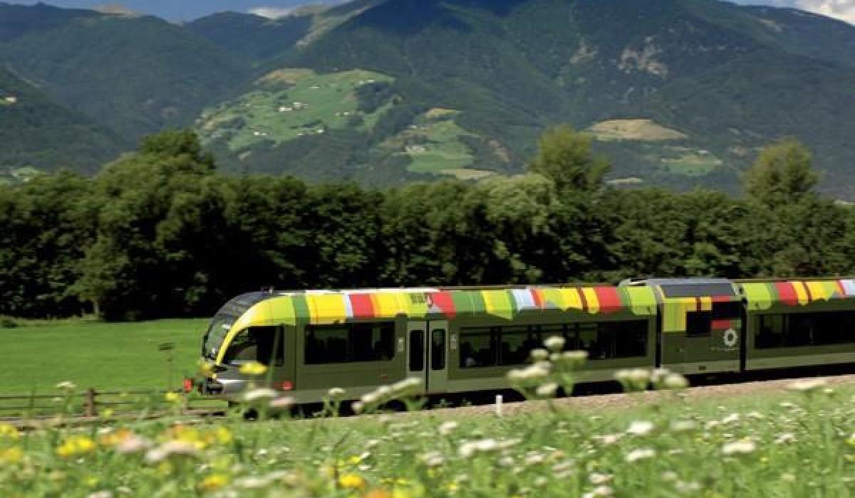Il treno delle Dolomiti: i video